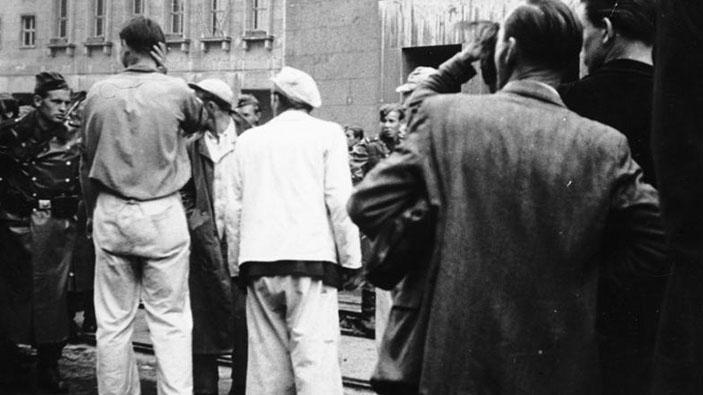 Proteste in der gesamten DDR - Hans fasst einen Entschluss